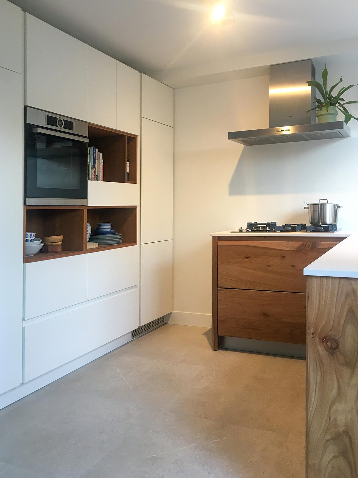 Iepen keuken met dekton blad